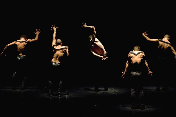 TOSCA X coreografie e regia Monica Casadei