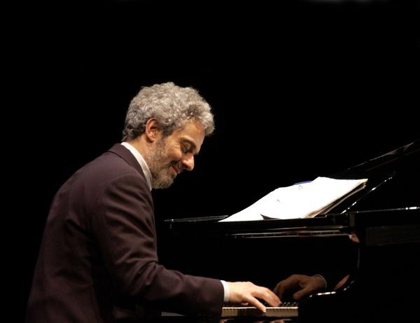 LA MUSICA E' PERICOLOSA con Nicola Piovani