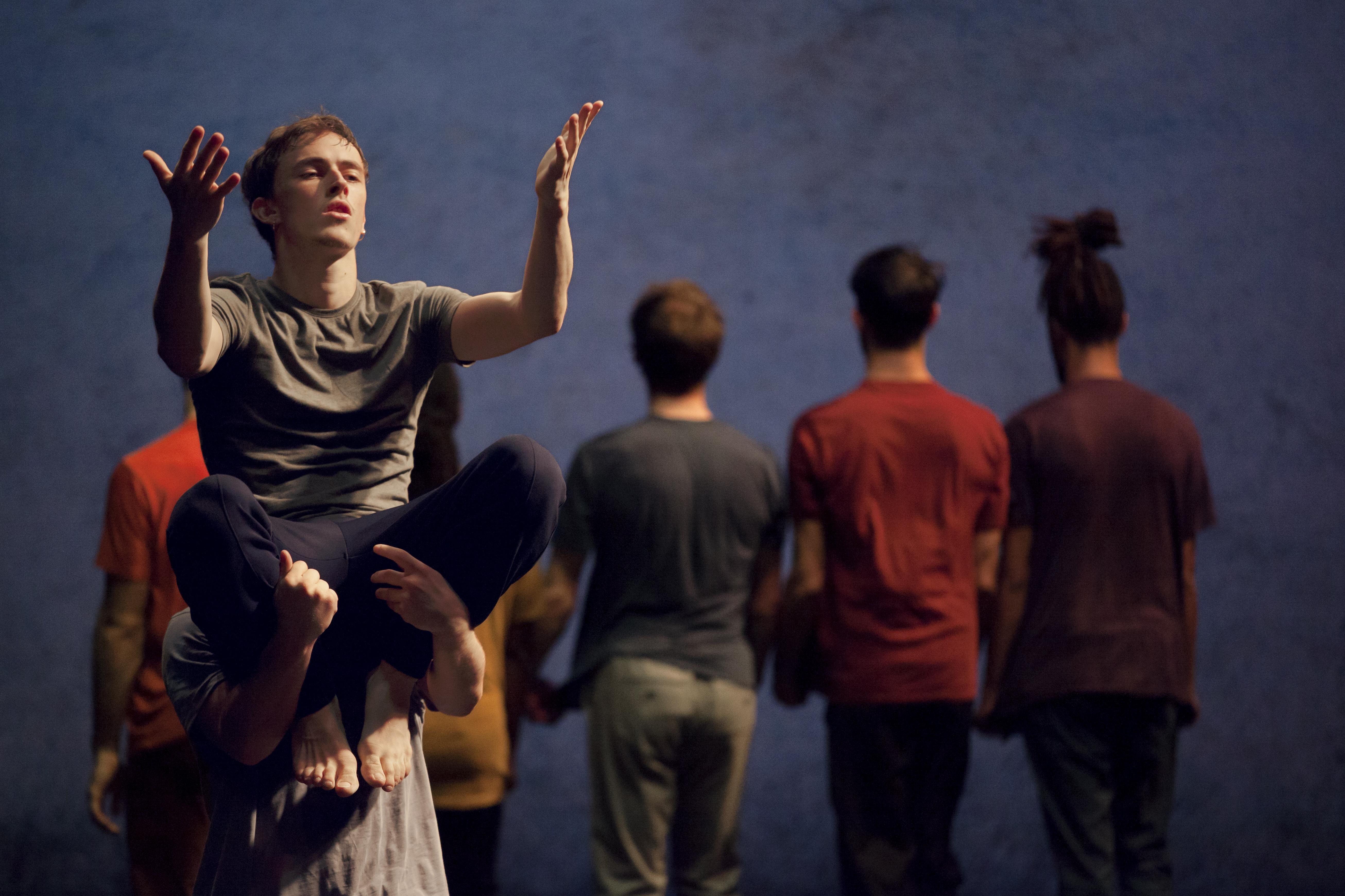 NÄSS [PEOPLE] di Massala Dance Company