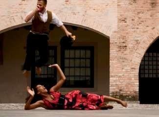 CHARLES&GELSOMINA di Monica Casadei + SOLI IN ASCOLTO di Roberto Lori