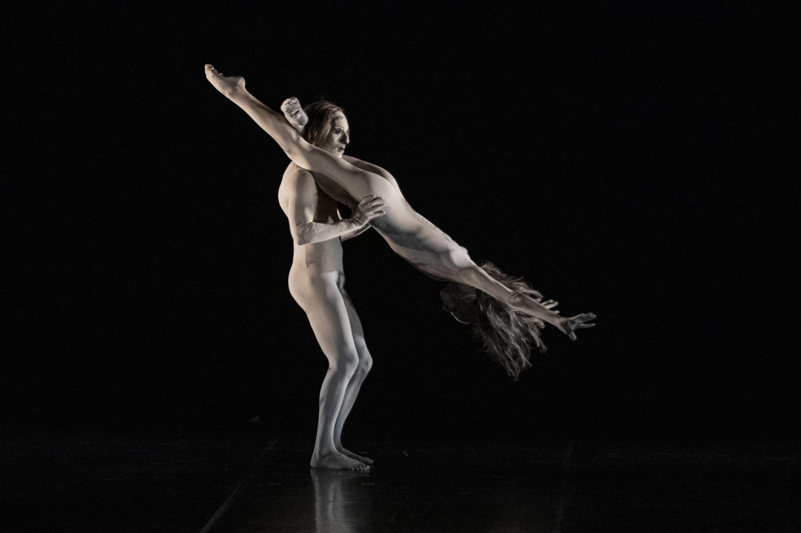 LOVE POEMS di MM Contemporary Dance Company