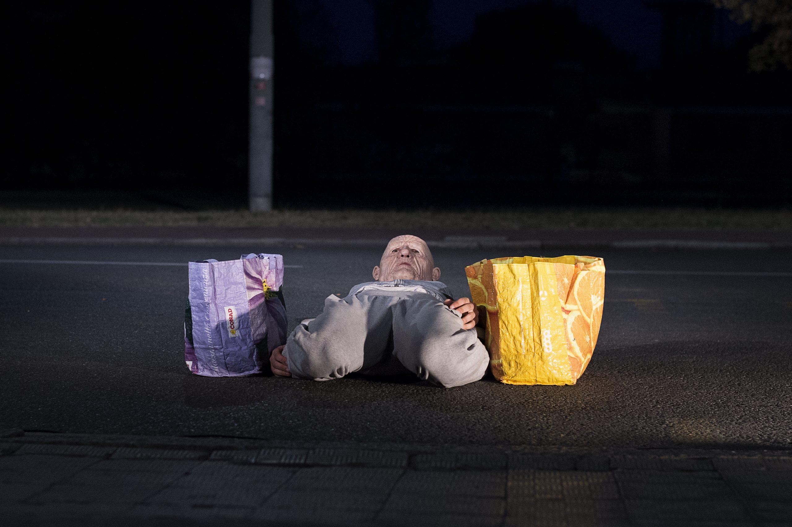 A PESO MORTO